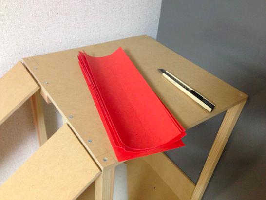 赤ラベル紙カット